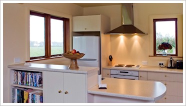 Kincaid Cottage - kitchen
